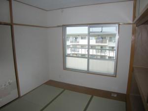 和室もクロス貼替え+畳入替えでスッキリ(腐食部下地貼替え&床の下地もしっかり補強)
