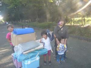 朝は何往復もしなくてはいけないほどたくさんだった荷物が、帰るときには1回ですむほど、ほとんど売れてくれました~