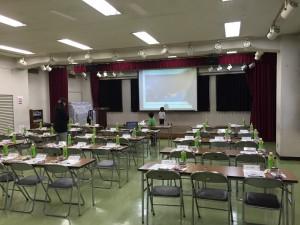 会場はいつもの砂川学習館。 今回は午後、夜間と借りれたので、4時すぎに行って設営。わが子2人と奥さんも手伝ってくれます。